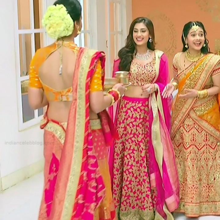 Astha Agarwal Hindi TV Actress KyaHMPS1 7 hot saree pics