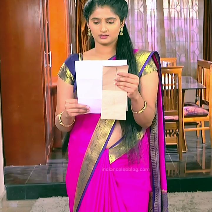 Kannada Serial actress MCmpl3 15 hot Saree pics