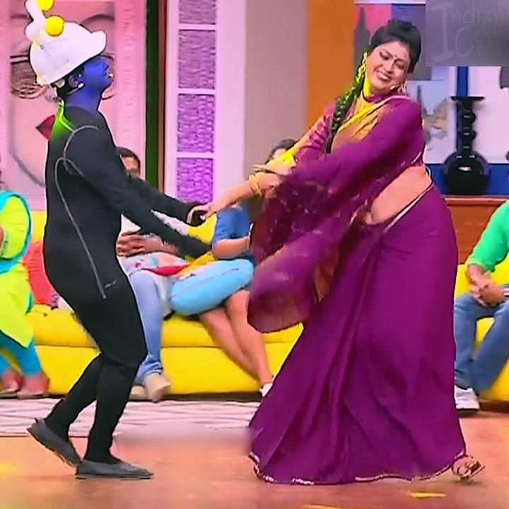 Kannada TV serial mature actress MComp4 1 hot sari caps