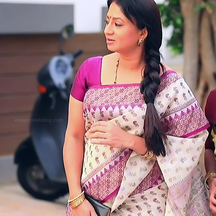Kannada TV serial mature actress MComp4 15 hot sari caps