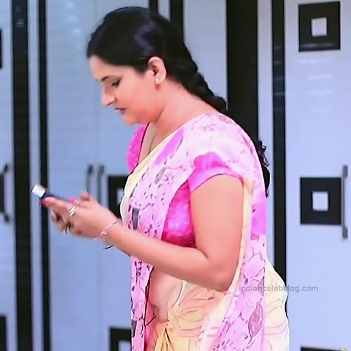Kannada TV serial mature actress MComp4 16 hot sari caps