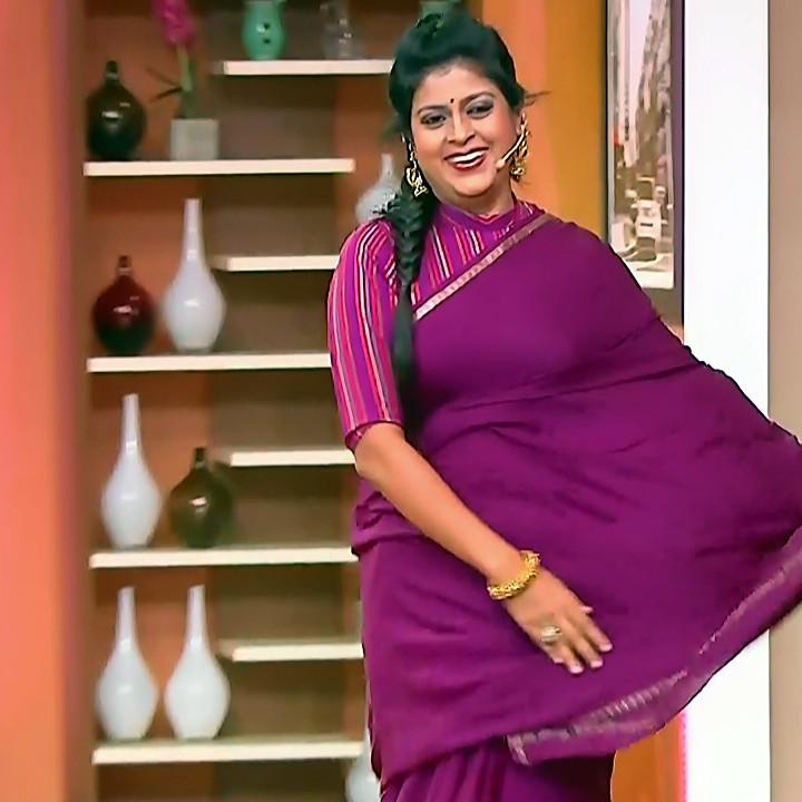 Kannada TV serial mature actress MComp4 3 hot sari caps