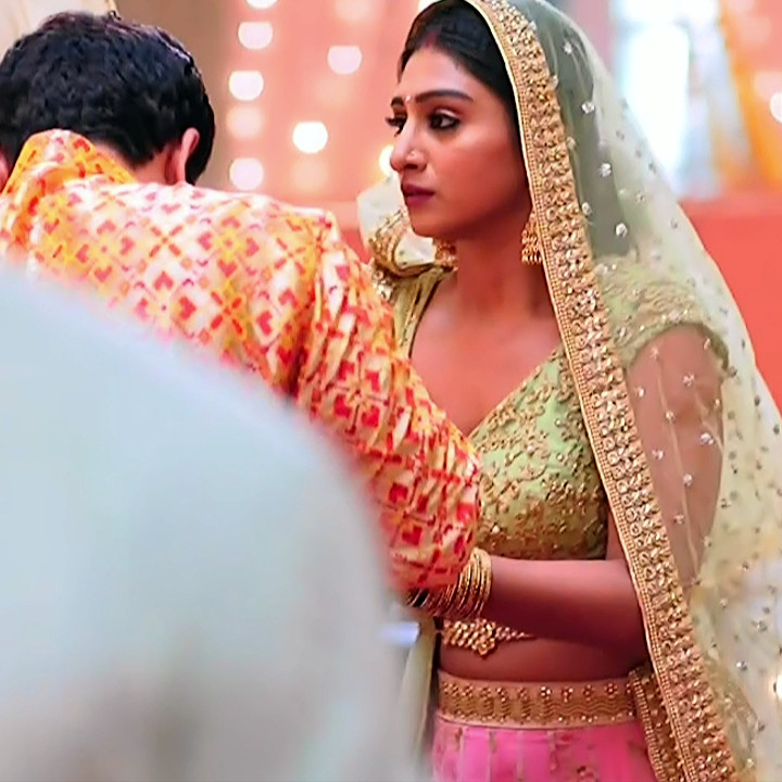 Mohena singh hindi serial actress Yeh RKKHS3 14 hot lehenga photos