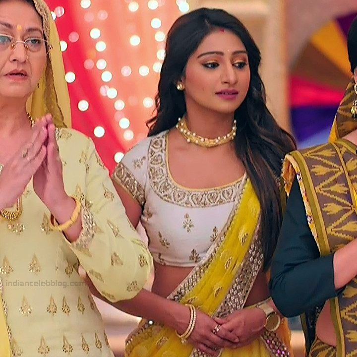Mohena singh hindi serial actress Yeh RKKHS3 4 hot lehenga photos