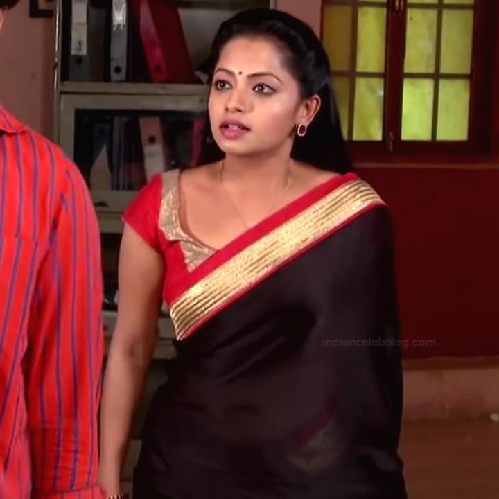 Navya Swamy Telugu TV Actress NaaPMS1 12 hot sari photos