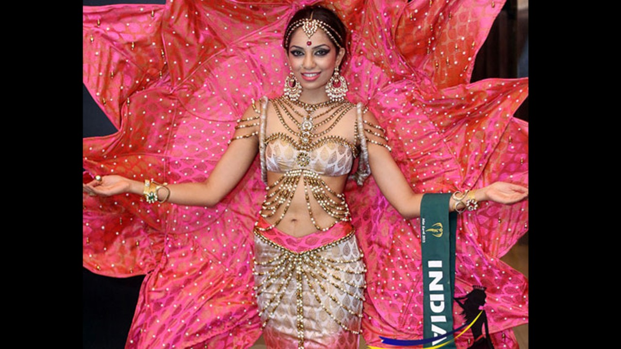 Sobhita Dhulipa India Miss Earth 2013_16