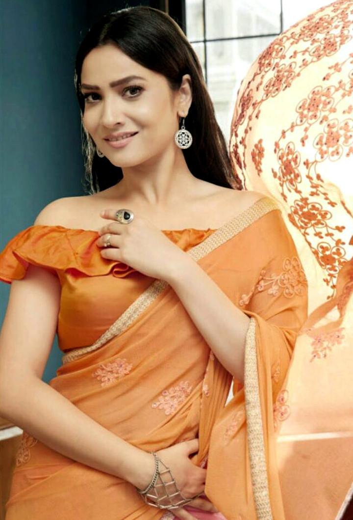 Ankita Lokhande Hindi TV actress CelebTS1 21 hot saree pics