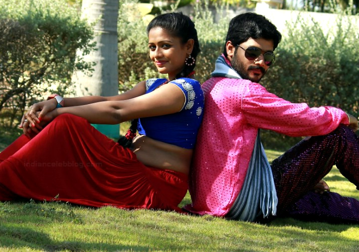 Anusri Telugu TV actress Nuvvena adi movie photos 7