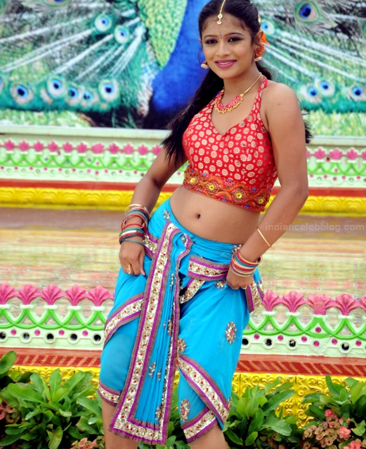 Anusri Telugu TV Gandikotalo movie pics 8