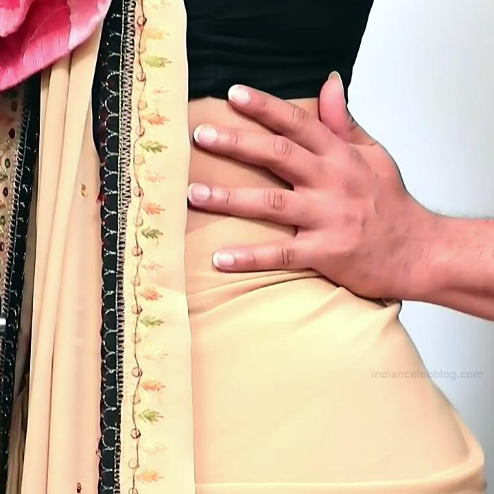 Apoorva Bharadwaj Kannada Serial Sathyam SSS1 4 hot saree photo