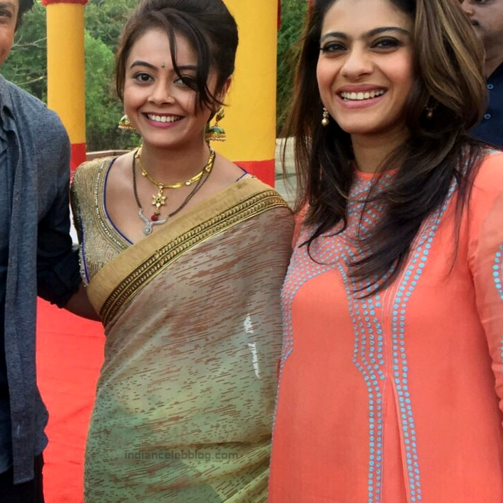 Devoleena Bhattacharjee Hindi TV actress CTS1 2 hot saree pics