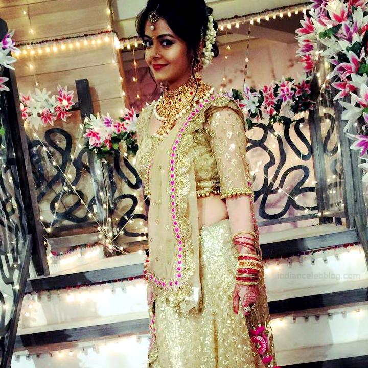 Devoleena Bhattacharjee Hindi TV actress CTS1 9 hot saree pics