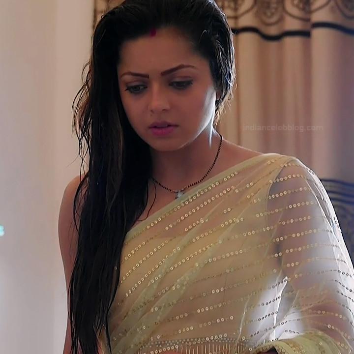 Drashti Dhami Hindi TV actress SilsilaS1 12 hot saree pics