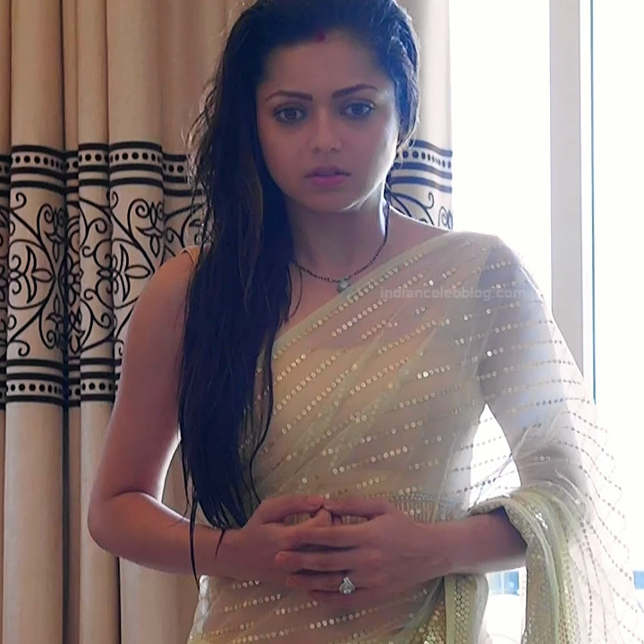 Drashti Dhami Hindi TV actress SilsilaS1 13 hot saree pics