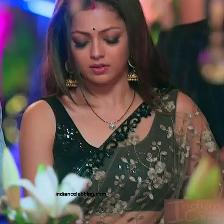 Drashti Dhami Hindi TV actress SilsilaS1 4 hot saree pics