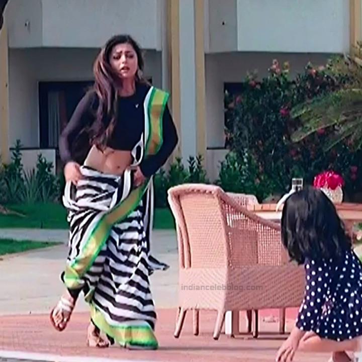 Drashti Dhami Hindi TV actress SilsilaS1 5 hot saree pics