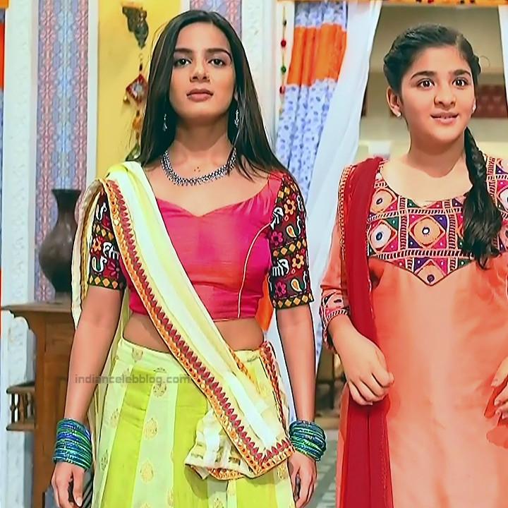 Nikki Sharma Hindi serial actress Roop MKNSS1 11 hot lehenga pics
