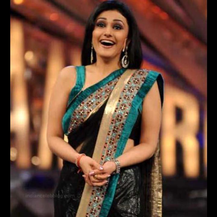 Ragini Khanna Hindi TV Actress CelebTS1 7 hot Saree photos