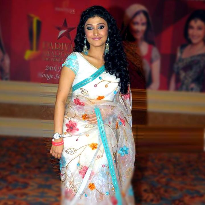 Ragini Khanna Hindi TV Actress CelebTS1 9 hot Saree photos