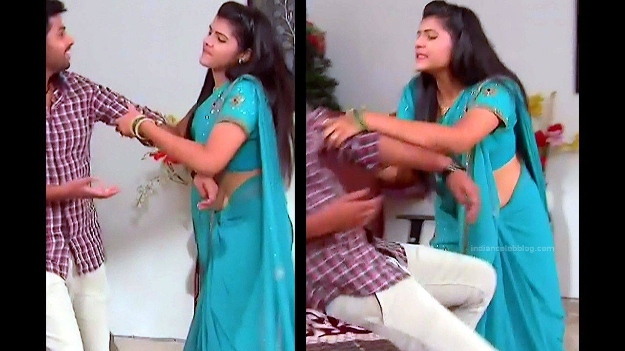 Sangeetha Kamath shravya karthika deepam actress 12 hot saree photo