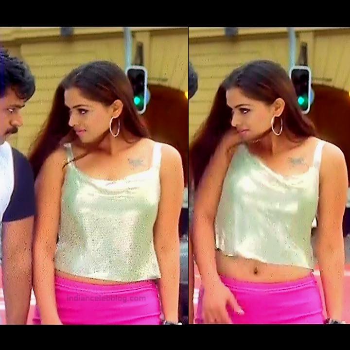 Simran Arjun Ezhumalai Tamil movie Stills S1 1 hot photo