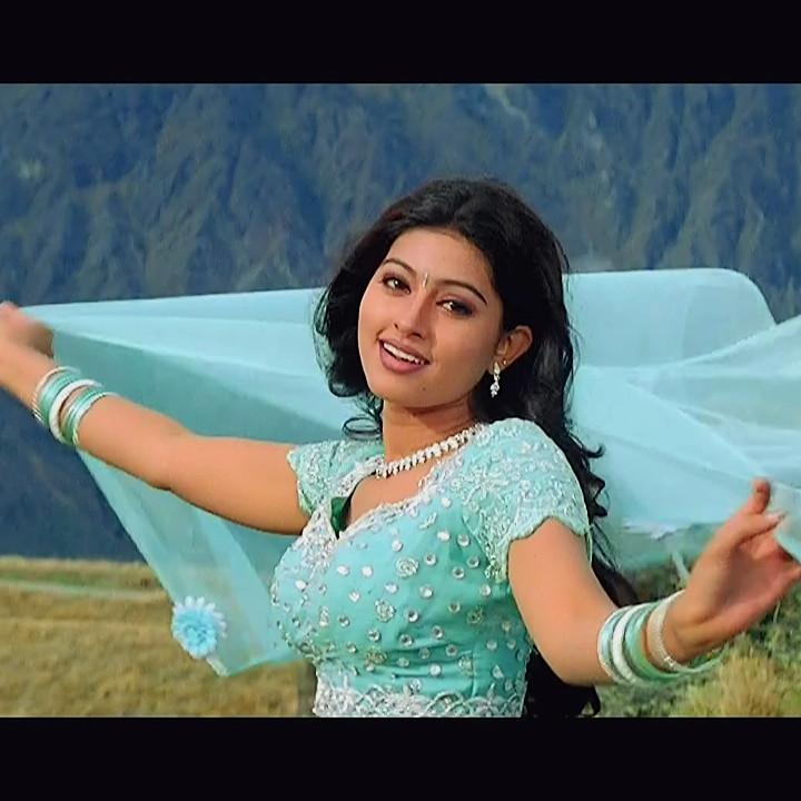 Sneha tamil film actress S12 tholi valapu telugu movie hot pics
