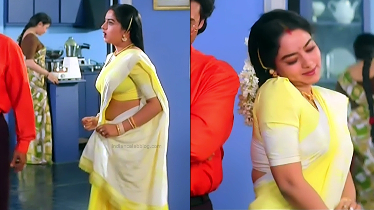 Soundarya Intlo illalu movie S1 1 hot saree caps
