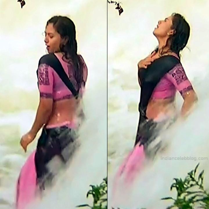 Soundarya Pelli peetalu movie S1 1 hot sari stills
