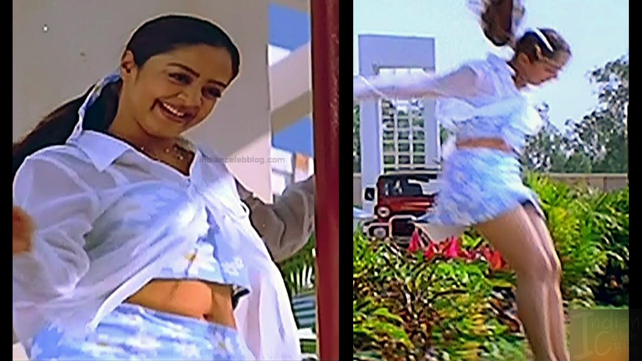 Jothika Tamil actress Poovellam un vasam S1 1 hot stills