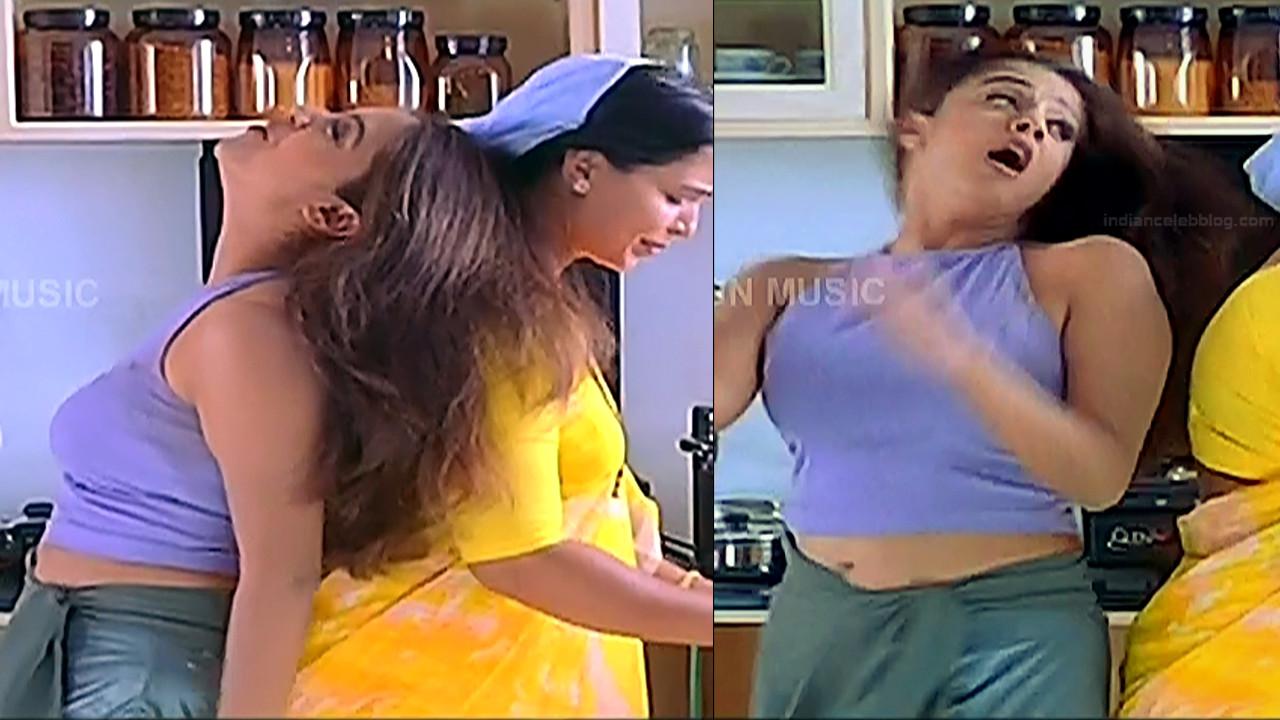 Jothika Tamil actress Poovellam un vasam S1 3 hot caps