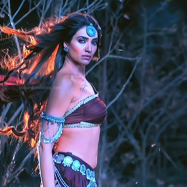Karishma Tanna Hindi TV actress Naagin 3S1 1 hot photo