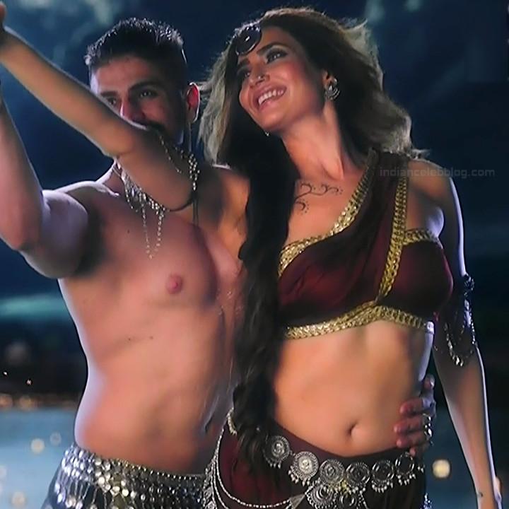 Karishma Tanna Hindi TV actress Naagin 3S1 14 hot photo