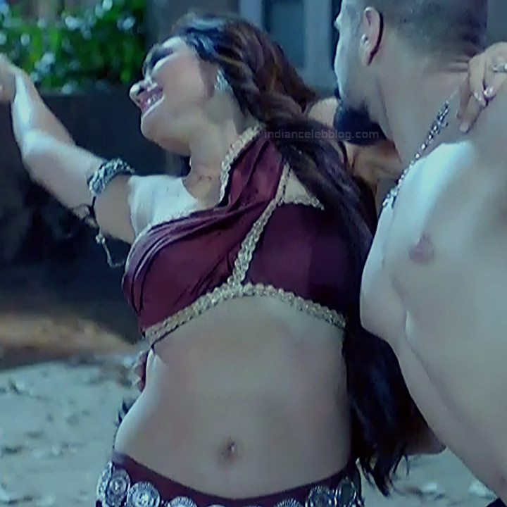 Karishma Tanna Hindi TV actress Naagin 3S1 6 hot photo