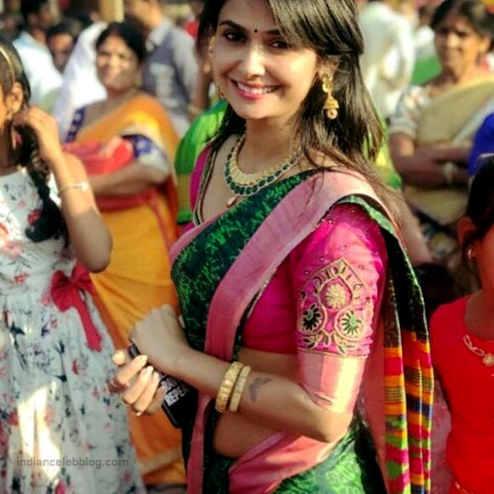 Kavya Gowda Kannada TV actress 1 hot saree photo