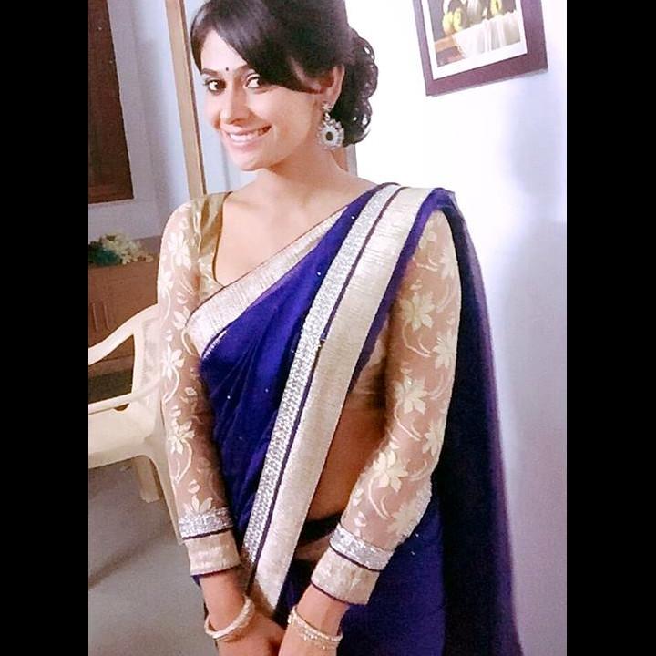 Kavya Gowda Kannada TV actress 11 hot saree photo