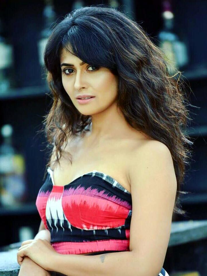 Kavya Gowda kannada tv actress CTS2 9 hot glamour photo