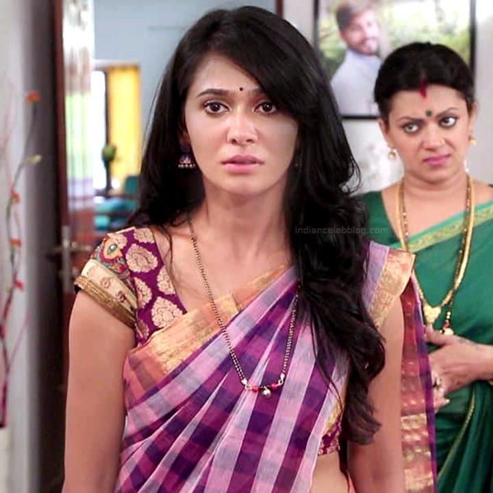 Kavya Gowda Kannada TV actress gandhari 13 hot saree photo