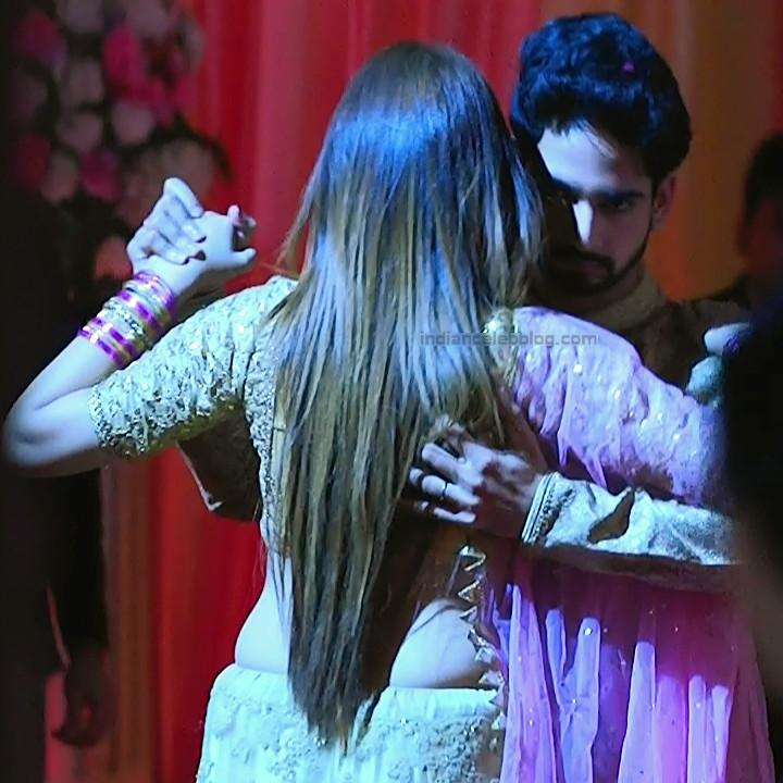 Mahira sharma Hindi tv actress Naagin 3S1 11 hot lehenga photo