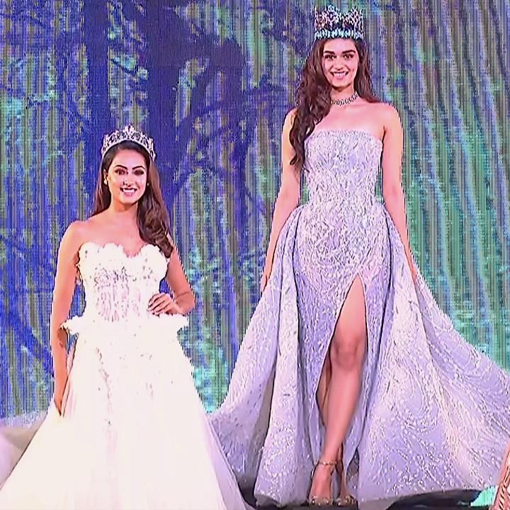 Manushi Chillar at Miss world 2018 Final 11