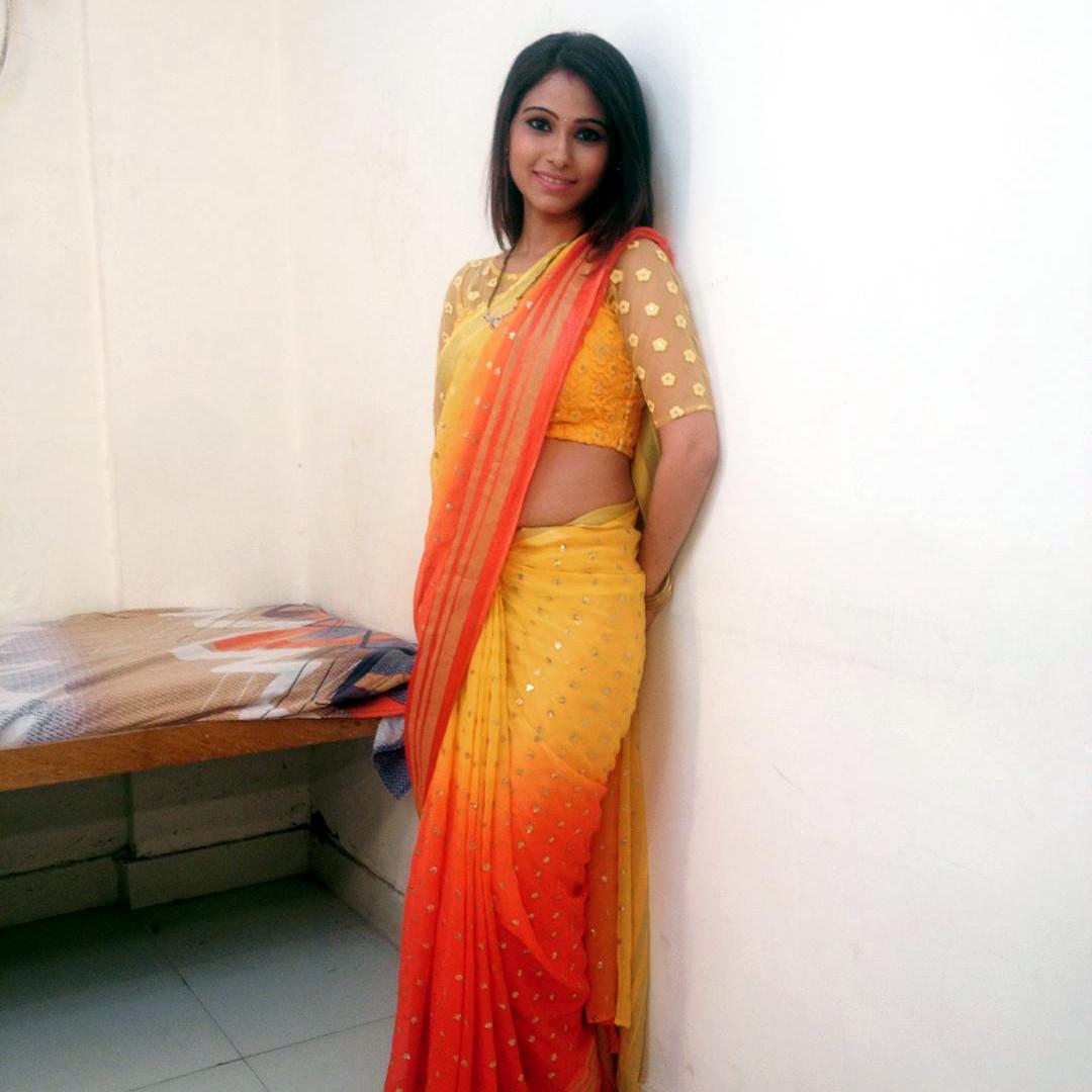 Pallavi gupta hindi tv actress CTS2 7 hot sari photo