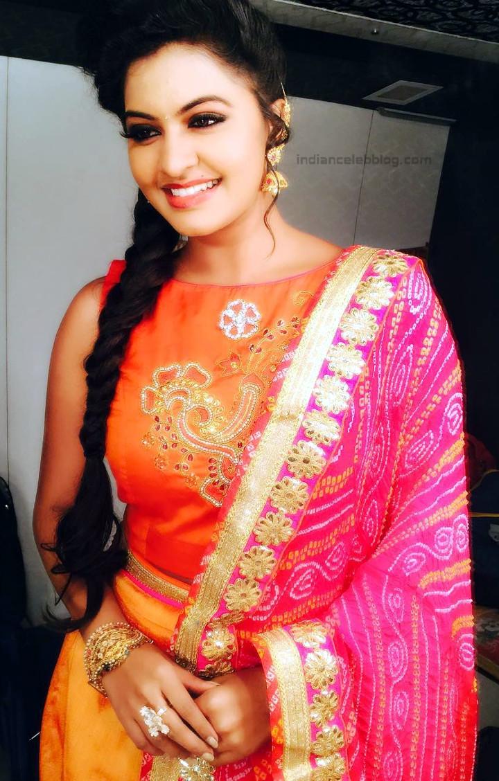 Rachitha Mahalakshmi Tamil TV actress CTS1 4 hot saree pics