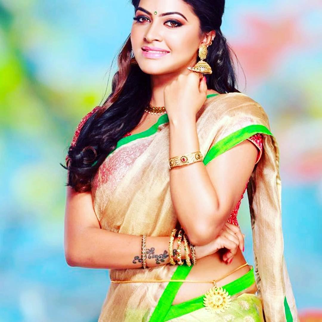 Rachitha Mahalakshmi Tamil TV actress CTS1 5 hot saree pics