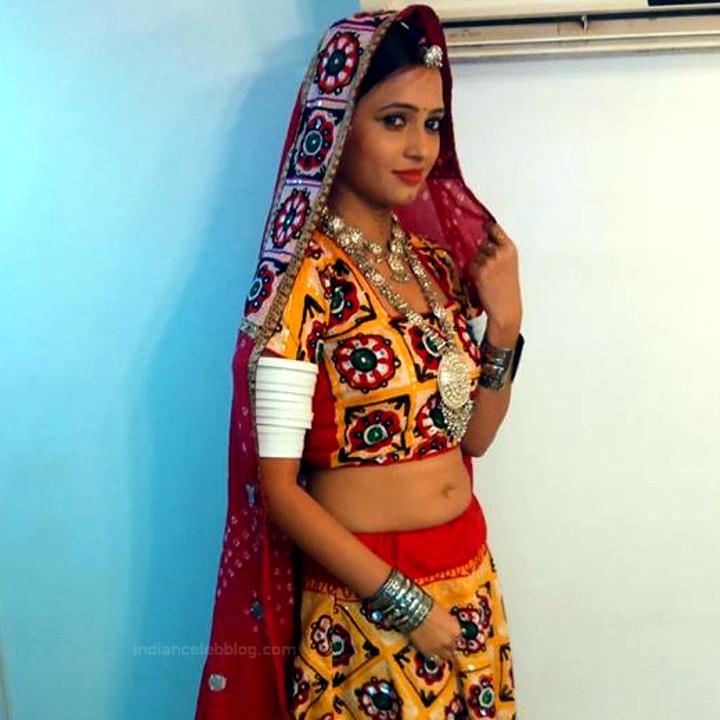 Roshni rastogi hindi tv actress CelebTS1 9 hot lehenga photo