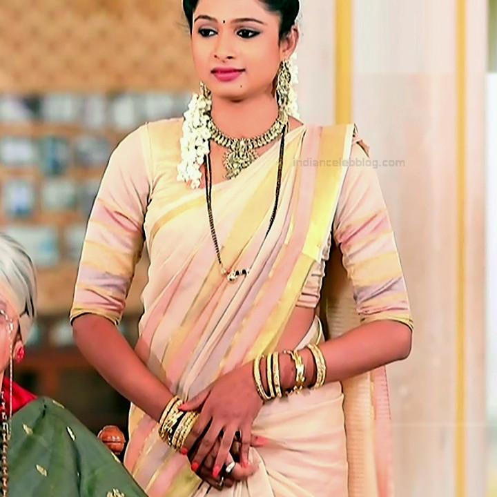 Ruthu Sai Kannada TV actress Putta GMS1 6 hot saree photo