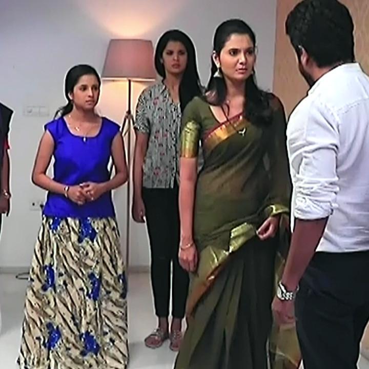 Shwetha R Prasad Kannada TV actress Radha RS1 18 Saree pics