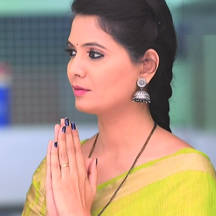 Shwetha R Prasad Kannada TV actress Radha RS1 6 Saree photo