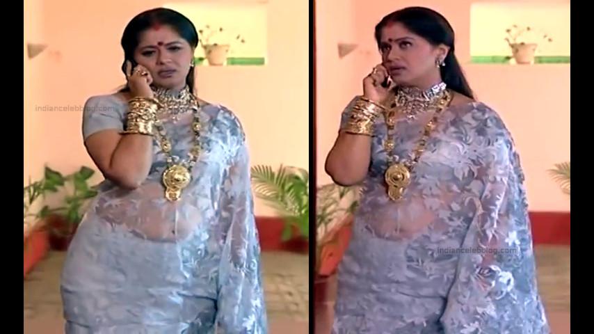 Sudha chandran tamil tv actress Pondatti TS2 4 hot saree caps
