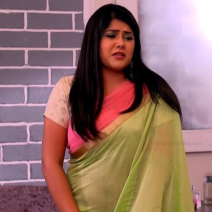 Aditi sharma hindi tv actress Kasam S1 10 saree caps