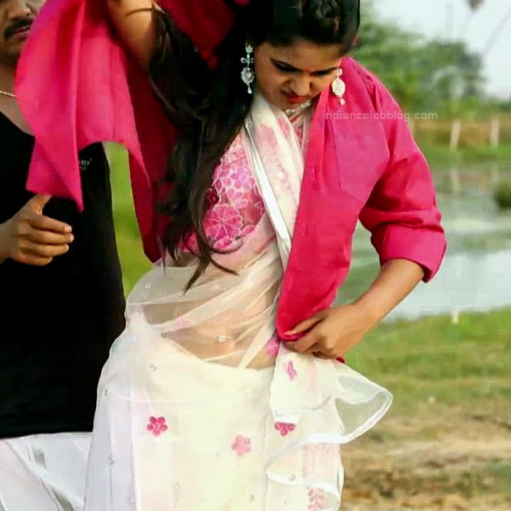 Chaitra reddy Tamil tv actress Yaarudi NMS1 12 hot saree photo