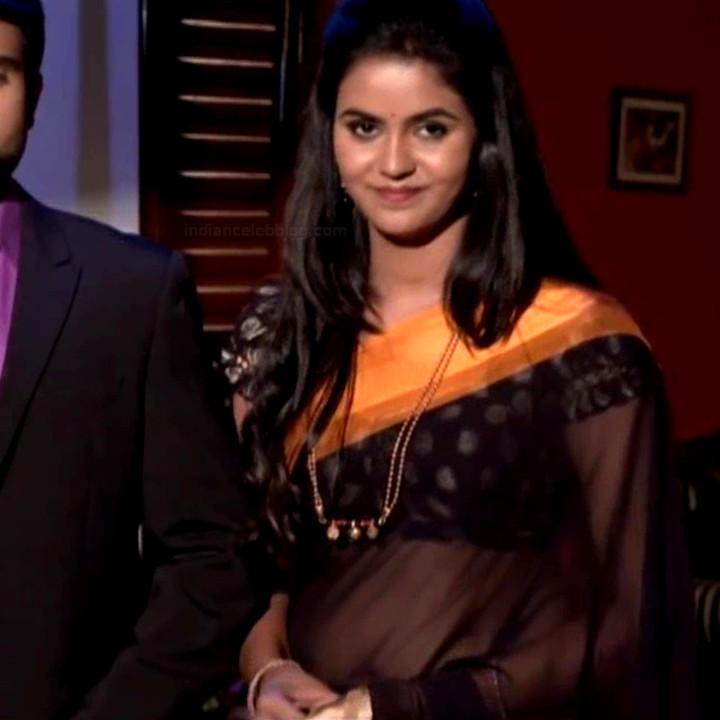 Chaitra reddy Tamil tv actress Yaarudi NMS1 15 hot saree photo